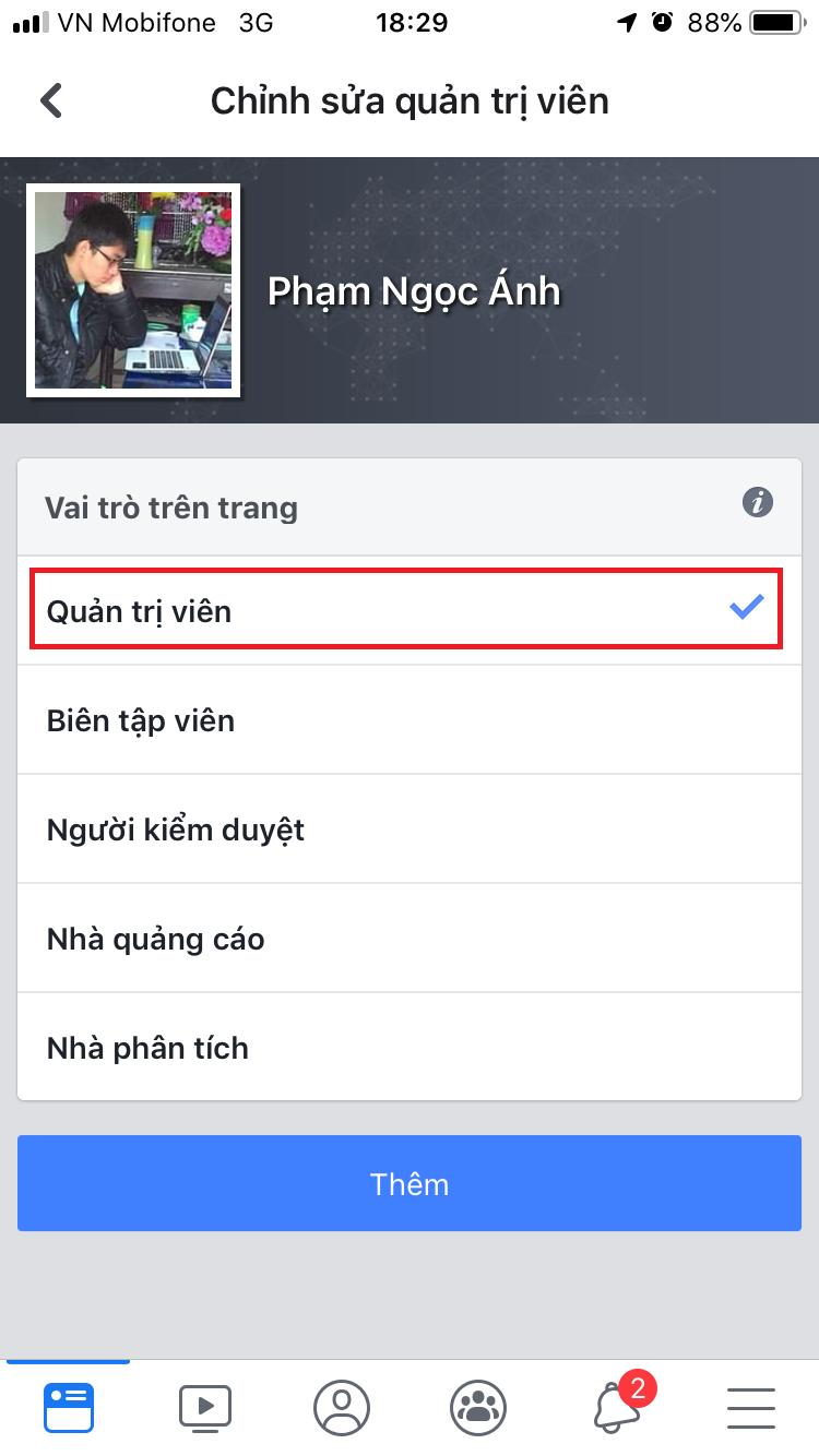 Chọn vai trò trên trang cho người bạn chọn